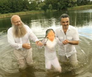Frank Seidler und Arash bei der Taufe 6