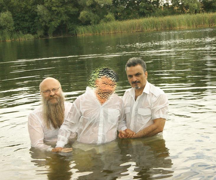 Frank Seidler und Arash bei der Taufe