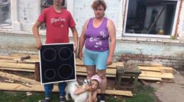 Familie mit Herdplatte