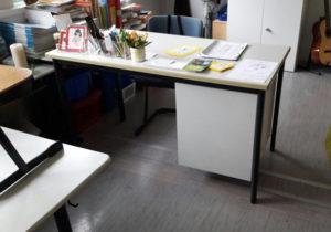 Schreibtisch-Schulmöbel Ukraine russisch