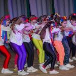 Reise, Kinder tanzen 2