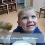 Kleiner Junge Waisenhaus - Krankenhaus