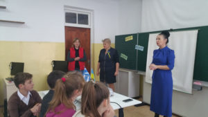 Olga Tape mit der Direktorin - Cherson
