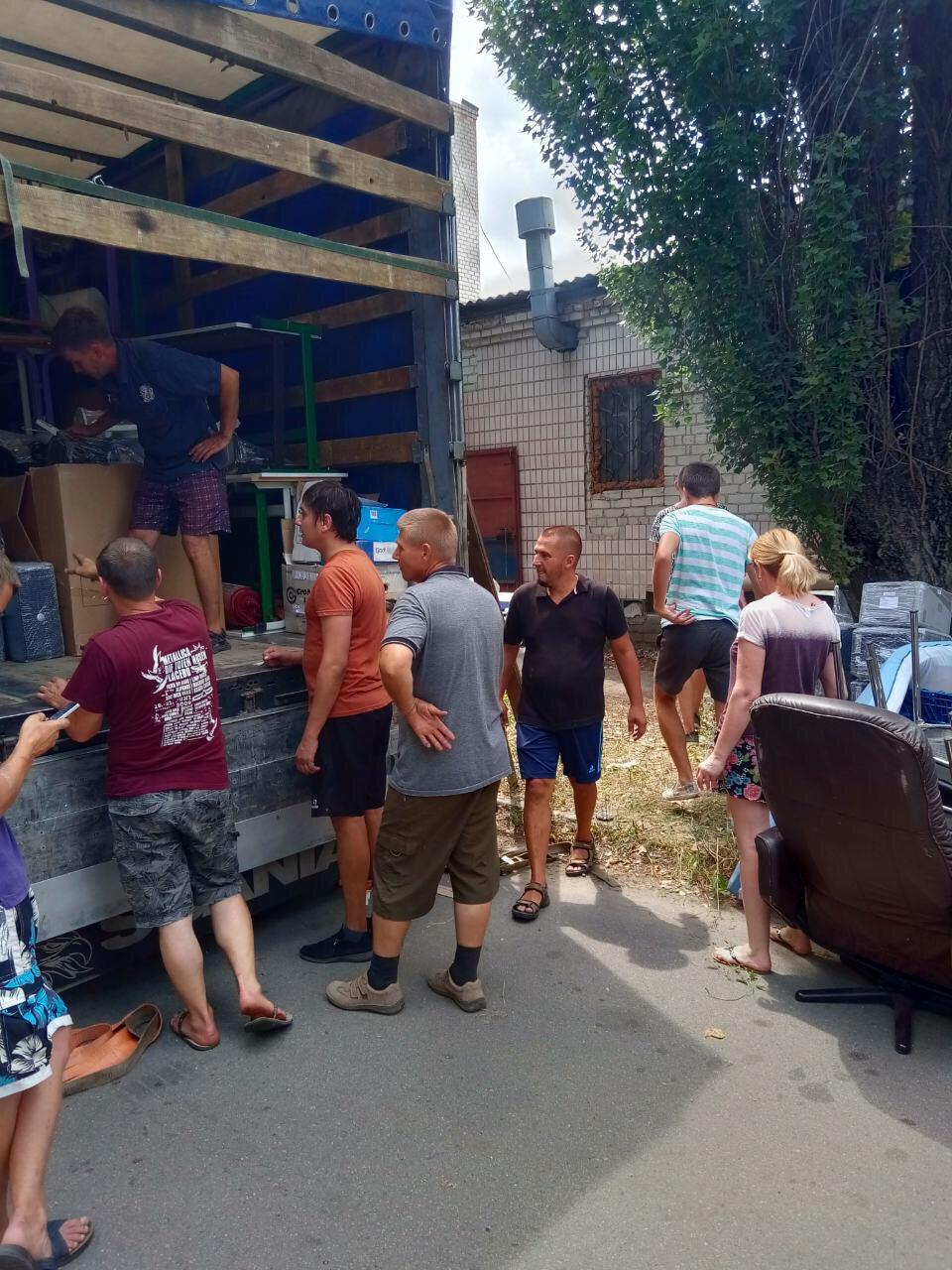 Kleider und PC´s für die Ukraine 5