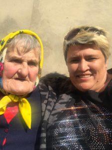 Frau mit Olga, real