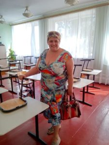 Schultische für Alexandrovka. real